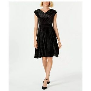 New Ny Collection black velvet a line dress petite